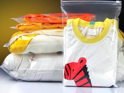 ถุงซิปรูด ขนาด 20×28 cm สำหรับใส่เสื้อผ้า หรือใส่เพื่อกันฝุ่น 50 ชิ้น