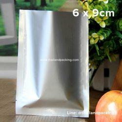 ซองซีล 3 ด้าน เนื้อพลาสติกเงา สีเงิน 6 x 9cm
